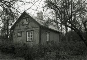 12_Etumies Lindroosin talo_325_266