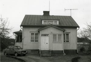 15_Sähköasentaja Pehun talo_325_216