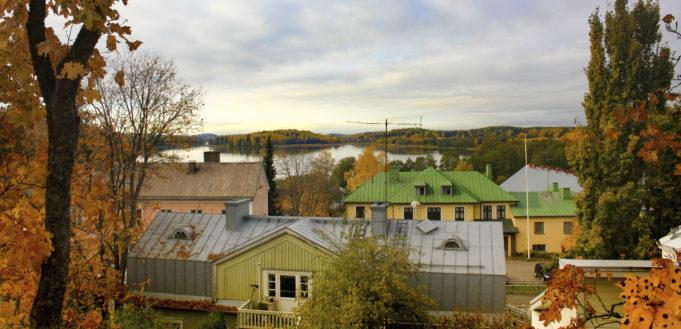 Maisema Vihdin kirkonkylältä