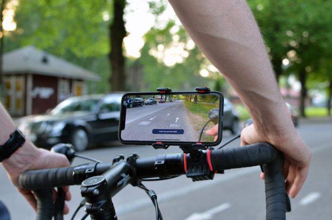 Pyöräilijä, kuva: Crowdchupa