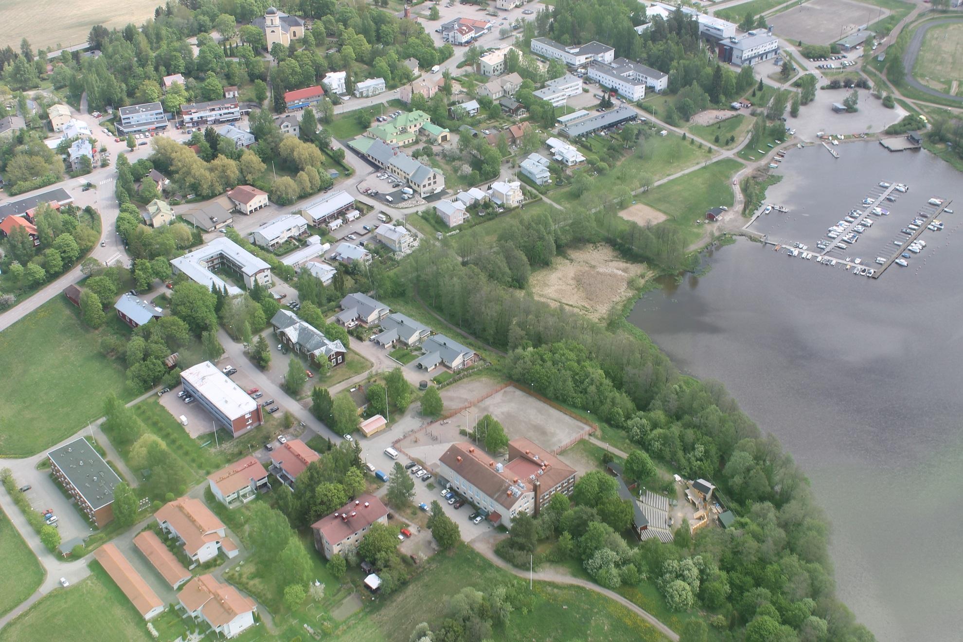 kirkonkylä_lähikuva
